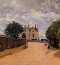 Inn at East Molesey with Hampton Court Bridge
